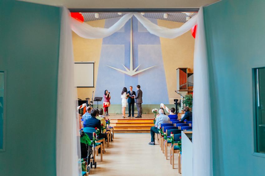 Sasha & Vasiles's intima bröllop i Borlänge - Bröllopsfotograf Elsa Wiliow, Borlänge, Dalarna