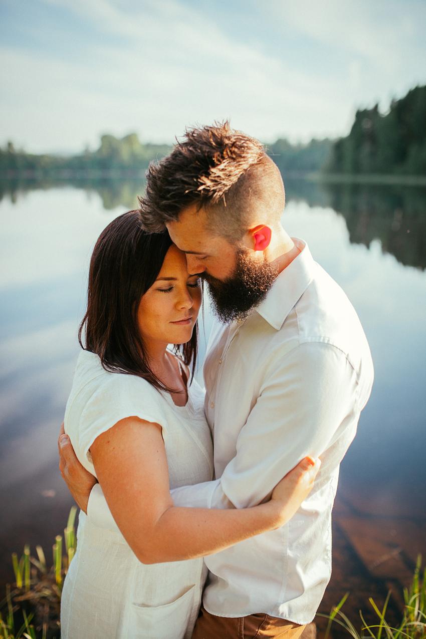 Elin & Jonathan, kärleksfotografering - Elsa Wiliow Photography, Gustafs, Säter, Dalarna